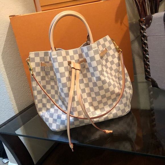 476d424cc1ee Louis Vuitton Handbags - Louis Vuitton Girolata (Damier Azur Canvas)
